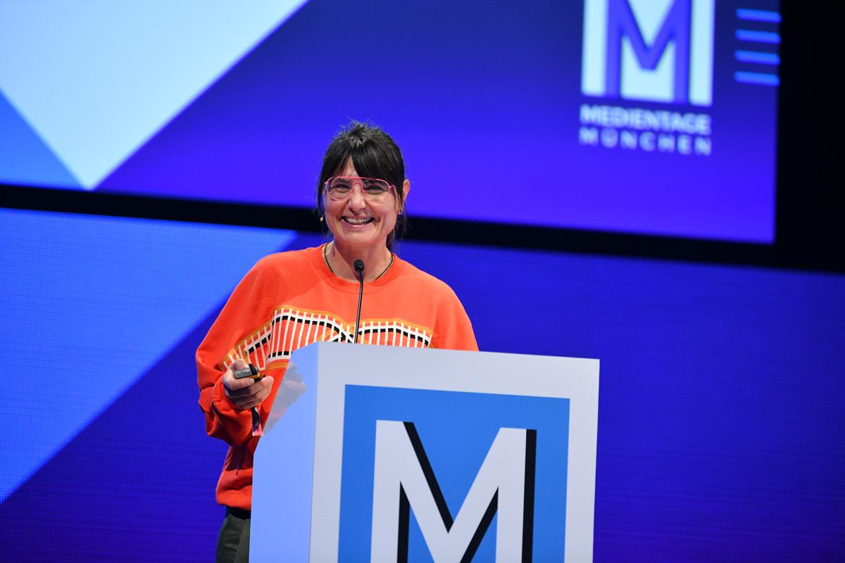 Sabine Seymour stellt auf den MTM19 Supa vor.